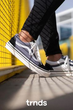 The Vans Old Skool has never been lacking in the attitude department. It brought the dawn of the classic Vans side stripe that has developed into a status sym Nike Air Force, Nike Air Max, Grey Vans, Vans Style, Sneaker Stores, Air Max 95, Vans Old Skool, Fashion Games, Skateboard