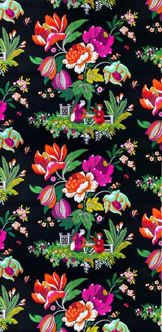 manuel canovas wallpaper - gorgeous for an accent wall and for my main bedroom! Motifs Textiles, Textile Patterns, Textile Prints, Textile Design, Pattern Texture, Surface Pattern Design, Pattern Art, Pretty Patterns, Flower Patterns