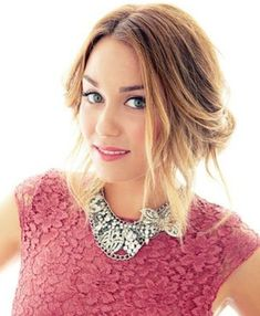 Lauren Conrad messy updo is romantic and sweet. perfect for an outdoor dinner under the spring night sky