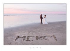 photo mariage couple originale plage | Séance portrait de couple « after day » sur la plage de Mers les ...