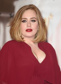 Adele Nails It With The Best Beauty Look Of The Week