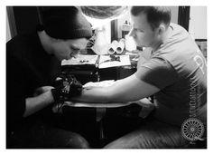 in studio Dovydas Klimavicius Positive tattoo