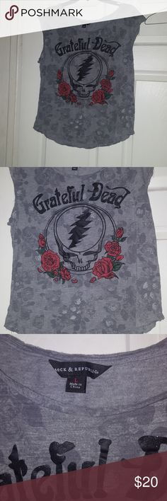 Grateful Dead Shirt Beautiful distressed style grey shirt with roses and the grateful dead logo!❤ Rock & Republic Tops