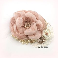 Bridal Hair Clip, Blush, Pink, Gold, Tan, Beige, Champagne, Ivory, Fascinator, Feathers, Lace, Pearls, Crystals, Elegant, Vintage Style