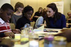 Foro Hispanico de Opiniones sobre la Realeza: Los duques de Cambridge visitan un Centro de duelo infantil en Londres