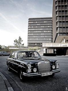 71 Mercedes-Benz 280SE