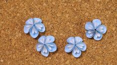 クラフトパンチで作る可愛い小花のくす玉の作り方 | 見たものクリップ Origami Butterfly, Origami Paper, Flower Power, Paper Flowers, Paper Crafts, Tips, Advice, Tissue Flowers, Paper Craft