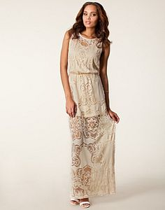 LACE CORAL CREAM MAXI DRESS | Lace Maxi Dress outfit - River Island - Cream - NELLY.COM UK