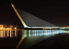 Le pont de l'Alamillo. Séville, Espagne (1987-1992) - conçu par Santiago Calatrava