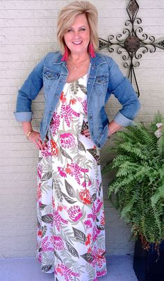 Is not old denim jacket and a maxi dress fall transition outfit dressy and casual fashion over for the everyday woman. Womens Fashion Casual Summer, Fashion For Women Over 40, Black Women Fashion, 50 Fashion, Look Fashion, Women's Fashion Dresses, Autumn Fashion, Fashion Spring, Fashion Trends