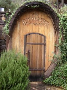 Google Image Result for http://www.sftravel.com/images/NapaWineries/RombauerWineryNapa.JPG