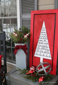 Show off the lovely lyrics to your favorite Christmas song by displaying them on this bright sign.