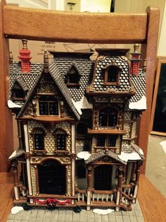 WILSON HOMESTEAD LIGHTED BUILDING FACADE by LEMAX 2003 - DEPT 56 COMPATIBLE