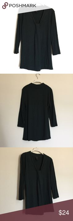 """Ann Taylor forest green long sleeve blouse small Great condition. Neckline detail. Pit to pit 18"""", length 27"""". 96% rayon, 4% spandex. Ann Taylor Tops"""