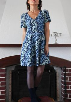 Vintage blue short sleeve mini lace dress.size s/m