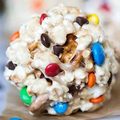 Sweet & Salty Popcorn Ball Recipe - a yummy snack, dessert, or road trip treat! by Read Popcorn Recipes, Snack Recipes, Dessert Recipes, Cooking Recipes, Easy Popcorn Balls Recipe, Dessert Ideas, Paleo Recipes, Yummy Snacks, Delicious Desserts