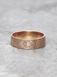Lunessa.  Moon Sister Ring.