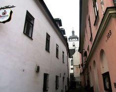 Domky a věž - Česká Kamenice - severní Čechy