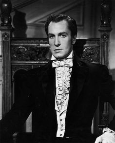 Sexiest. man. ever........... Not my comment, but it is true! ♥ vincent Price in Dragonwyck