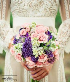 Gelin buketinizi seçerken mutlaka gelinlik modelinizi, düğün mevsiminizi, temanızı ve hatta saç modelinizi dahi göz önünde bulundurmayı ihmal etmeyin. İyi haftalar… 💐  When choosing your wedding bouquet, be sure to consider your wedding dress model, your wedding season, your theme and even your hairstyle. Have a great week… 💐 Flower Bouquet Wedding, Floral Wreath, Wreaths, Instagram Posts, Inspiration, Pilates, Home Decor, Business, Engagement