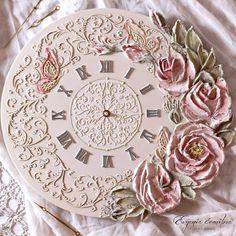 Фотографии Евгении Ермиловой Diy Clock, Clock Decor, Floral Clock, Rice Paper Decoupage, Lotus Painting, Handmade Clocks, Plaster Art, Sculpture Painting, Antique Clocks