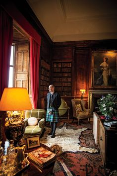 Photos: Scotland's Highlands and Islands - Scott Morrison, managing director of Dunrobin Castle, in the library wearing a kilt of Sutherland tartan. English Interior, Classic Interior, Scottish Decor, English Country Decor, English House, English Manor Houses, Scottish Castles, Home Libraries, House Design