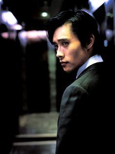 Lee Byung-hun in South Korean epic underworld drama... 'A Bittersweet Life'... #leebyunghun #bittersweetlife