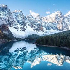 Tag who you'd explore with! Happy Thanksgiving weekend Canada! Banff Alberta. B... | http://ift.tt/2b7Z089 #travel #destination #places for #rich #vacation and #holiday around #world. #Get #hotels #Deals at http://ift.tt/2b7Z089 #natgeotravel #agoda #expedia #lonelyplanet