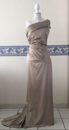 Robe de fiançailles pour Elsa ( nov 2012 )