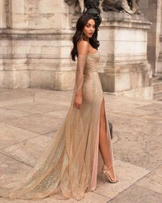 Off The Shoulder Long Sleeves Champagne Prom Dress With Split - - fashion champagne sequined long prom dresses, off the shoulder mermaid evening dresses, long sleeves junior prom dresses with split Source by Junior Prom Dresses, Gold Prom Dresses, Gala Dresses, Mermaid Evening Dresses, Prom Party Dresses, Evening Gowns, Long Gold Dress, Gold Formal Dress, Prom Gowns
