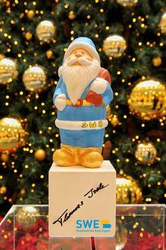 Viele Motto-Weihnachtsmänner gab's bei der großen, von den SWE präsentierten Nikolausversteigerungsaktion der Kinder-Biennale Biennale, Workshop, Jenga, Motto, Toys, Papa Noel, Things To Do, Creative, Kids