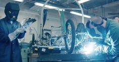 Gyorsjavítás egy megsérült pneumobilon. Kövess minket a #YouTube csatornánkon! 📺 Quick repair on a #pneumatic #car. Watch our film on YouTube.