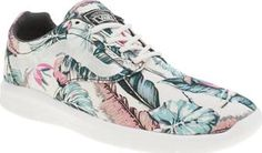 Vans Multi Iso 1-5 Womens Trainers Give your feet a Tropical treat this season with the Vans ISO 1.5. This lightweight fabric lace-up features a floral printed upper with the iconic Sidestripe embroidered on the midsection. An UltraCus http://www.comparestoreprices.co.uk/january-2017-8/vans-multi-iso-1-5-womens-trainers.asp