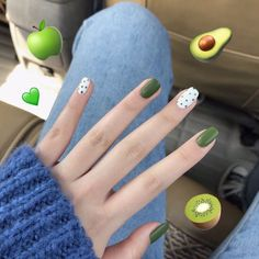 30 Sommer frische polnische Nail Art Design-Ideen # Sommer Anhänger – Valentinstag Nägel – NailiDeasTrends, You can collect images you discovered organize them, add your own ideas to your collections and share with other people. Golden Nail Art, Golden Nails, Black Nail Art, Glue On Nails, Cute Acrylic Nails, Diy Nails, Cute Nails, Shellac Nails, Purple Nail