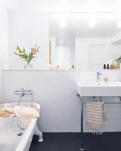 """""""Det blir en del badrum nu, håller nämligen på att skriva lite tips till er som går i renoveringstankar. Typ allt det jag själv gärna hade vetat innan vi…"""""""