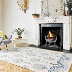 Luxmi has worked with the world renowned Victoria and Albert Museum to create a beautiful range of timeless and luxurious rugs, taking inspiration from its magnificent collections. Based on an original textile designed by C.F.A. Voysey in 1918, Heron captures the Arts and Crafts principles of combining thoughtful design with high quality craftsmanship. These elements have been translated into this beautiful rug, skilfully hand tufted in India in an incredibly soft viscose and wool blend.