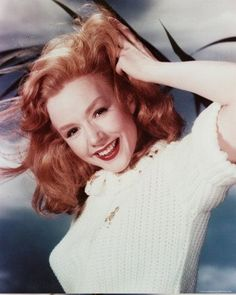 Piper Laurie and her gorgeous red hair. Her performance as the Jesus-addled Margaret White is absolutely terrifying. Hollywood Stars, Old Hollywood Glamour, Golden Age Of Hollywood, Classic Hollywood, Hollywood Usa, Piper Laurie, Classic Actresses, Actors & Actresses, Classic Movies