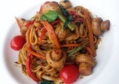 Black Pepper Linguine Recipe -  Yummy this dish is very delicous. Let's make Black Pepper Linguine in your home!