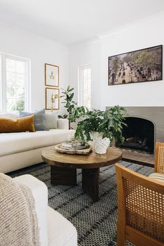 Living Room Paint, Living Room Colors, My Living Room, Living Room Decor, Living Room Trends, Living Room Inspiration, Living Room Designs, Simple Living Room, Small Living