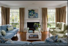 Sharnell's House - Hampton's style lounge room by Indah Island Interiors