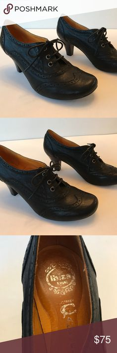 Jeffrey Campbell Leather Brogue shoes size 9 Size 9 BEAUTIFUL like new, Jeffrey Campbell brogues! Worn once and stored in their original box. Super clean, includes storage bags & replacement heel covers from manufacture. Jeffrey Campbell Shoes Ankle Boots & Booties