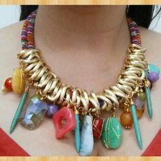 Collar textil/piedras