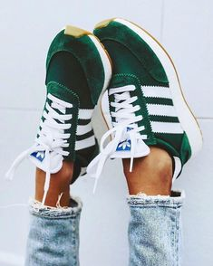 Source by fashion shoes adidas Shoes Adidas, Sneakers Vans, Sneakers Women, Womens Sneakers Adidas, Women's Vans, Green Sneakers, Green Adidas Trainers, Adidas Nmd Women Outfit, Adidas Gazelle Green