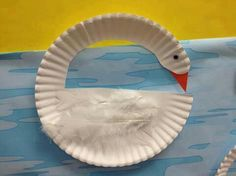 Swan art, make way for ducklings, swan boat craft, cotton balls, paper plate