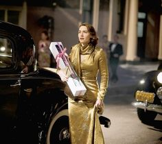 Kate Winslet in Mildred Pierce - love that old Hollywood glamor!