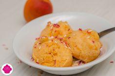 Sorbet à l'abricot La recette: http://emiliesweetness.blogspot.co.uk/2016/08/sorbet-labricot-avec-ou-sans-sorbetiere.html?m=1