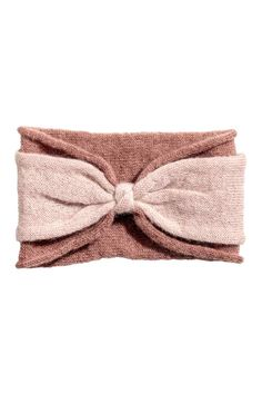Fascia capelli in misto mohair: Fascia per capelli in maglia di misto mohair. Modello doppio con nodo decorativo davanti. Bordi arrotolati. Altezza circa 12 cm.