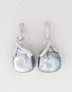 Emiko Pearls Earrings 16.4 x 16.7mm Baroque, 182 Diamonds 1.19cts, 18K: 4.9gm #GoldJewelleryModern #GoldJewelleryEarrings