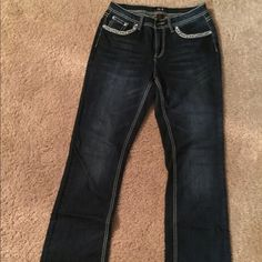 Jeans size 10 Very nice Earl stretch jeans size 10 like new Earl Pants Boot Cut & Flare