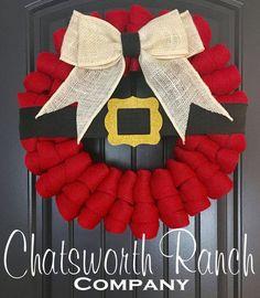 Santa Belt Buckle Wreath - this is just too cute!